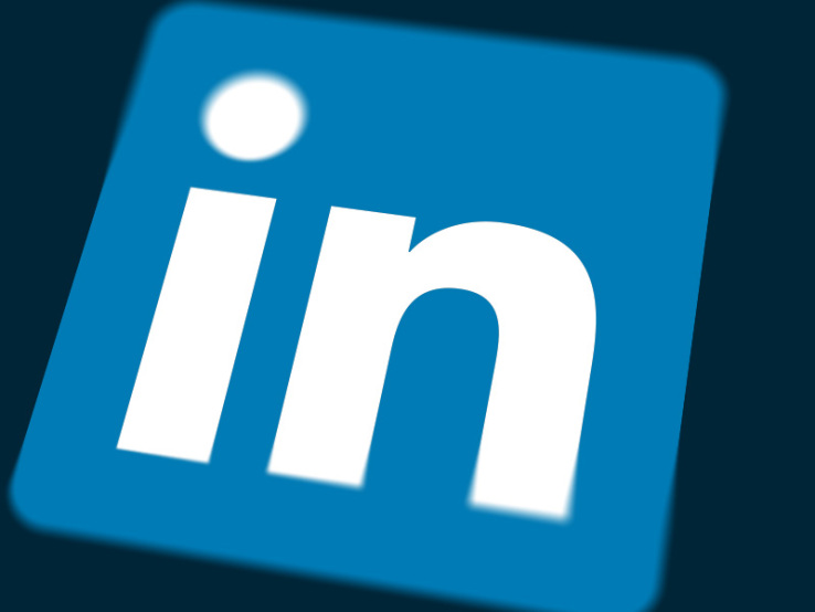 LinkedIn Sales Navigator Comes To iOS As A Standalone App
