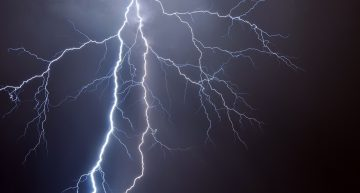 This Is The World's Longest Lightning Bolt And It Was 199.5 Miles/320Km Long