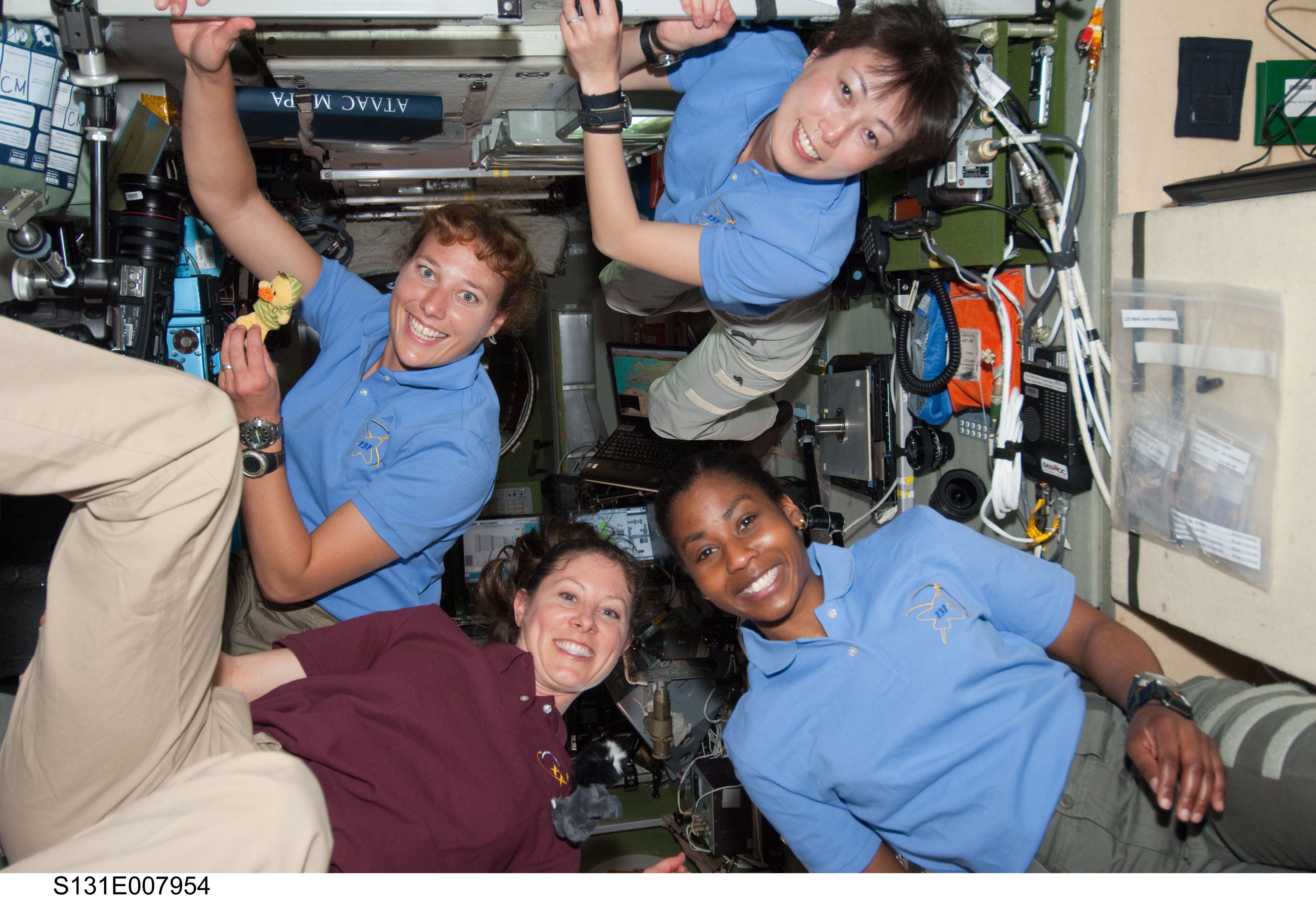 women-in-space-sts131 (1)